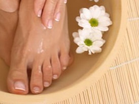 [www.institutcinthya.be][259]soin-pieds-paraffin-pieds